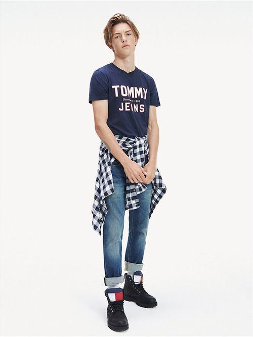 Remera-Essential-de-algodon-organico-y-corte-slim-Tommy-Hilfiger