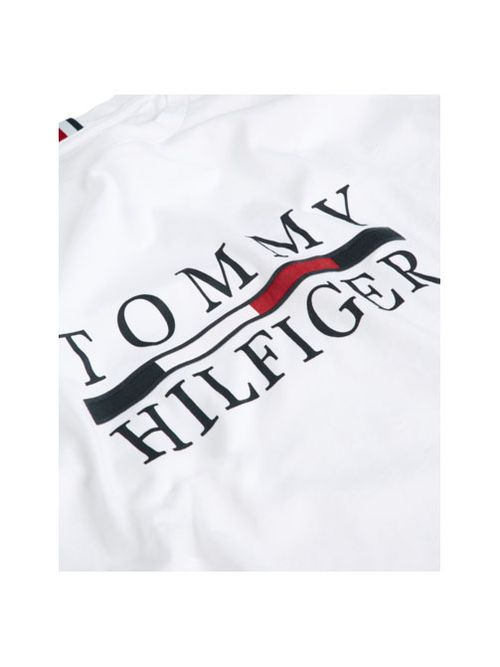 Remera-de-algodon-organico-con-logo-Tommy-Hilfiger