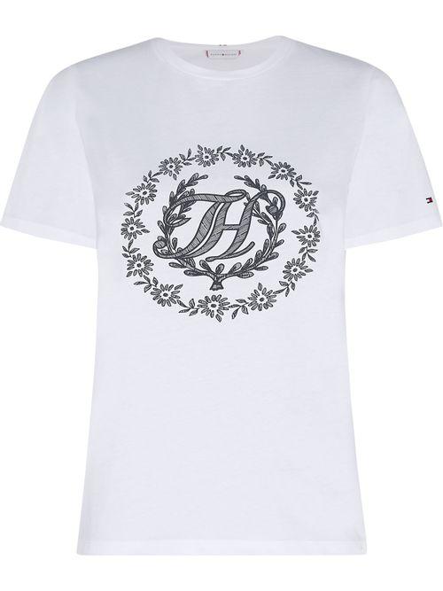 Camiseta-con-logo-de-flores-en-corte-regular