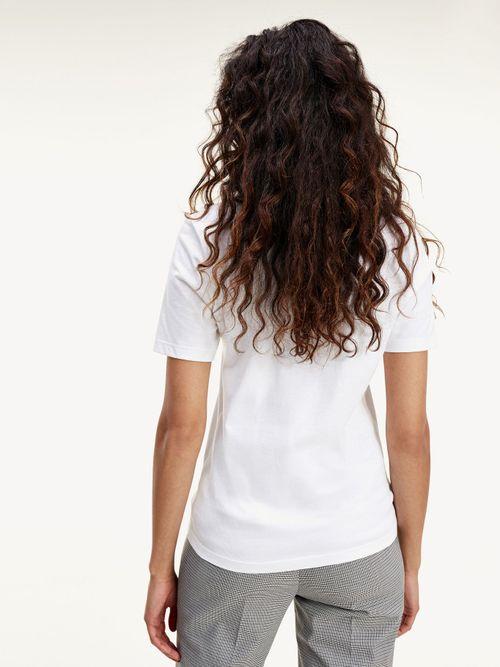 Camiseta-de-cuello-redondo